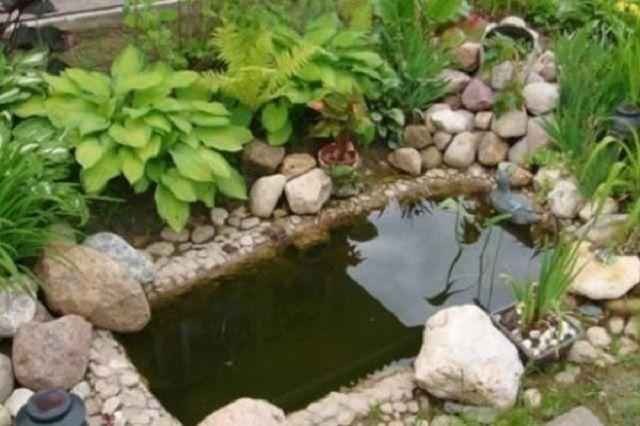 Еще один вариант использования - искусственный пруд на садовом участке