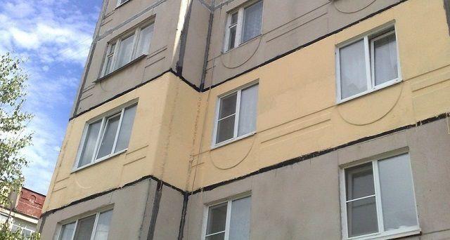 """Термоизоляционная краска """"Корунд"""" на фасаде многоэтажного  панельного дома"""