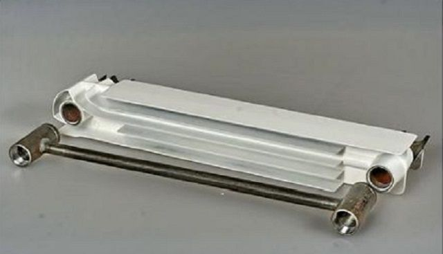 Принципиальна схема устройства секции биметаллического радиатора отопления