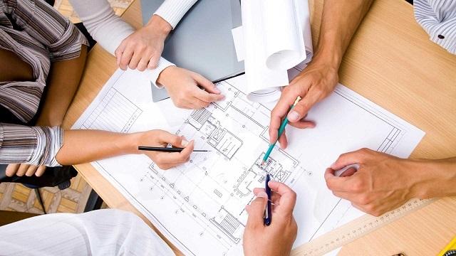 При составлении проекта могут учитываться пожелания хозяев, но только если они не противоречат техническим условиям установки отопительного оборудования и правилам перепланировки помещений.