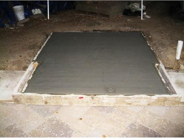 Для залитого в котлован и опалубку бетона необходимо создать оптимальные условия для созревания и набора прочности.