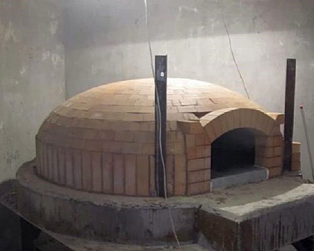 Неаполитанский вариант итальянской печи.