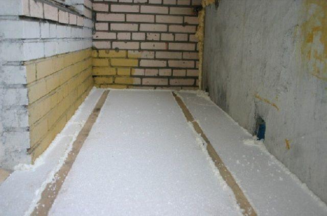 Пол балкона, утепленный пенопластом