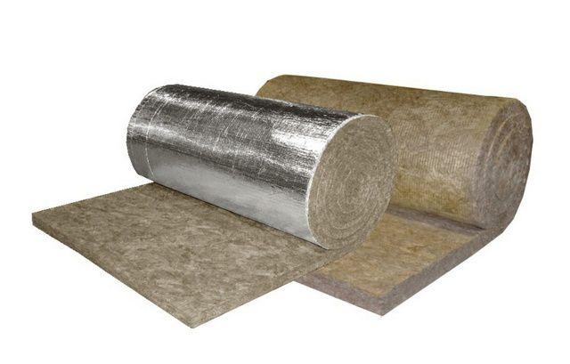 Утеплительные маты незаменимы для термоизоляции оборудования, трубопроводов, дымоходов и сложных по геометрии строительных конструкций