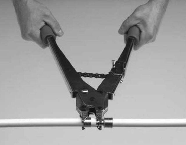 Запрессовка гильзы с помощью специального инструмента