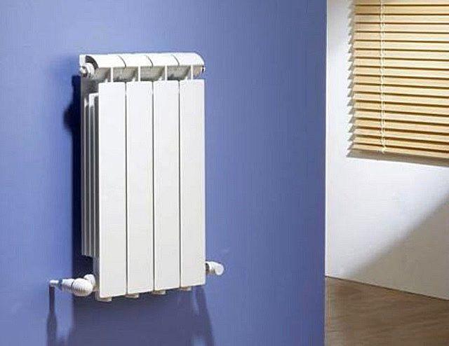 Биметаллические радиаторы – разборные, и могут иметь секционную или блочную конструкцию