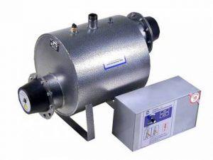 Одна их простых моделей резистивного электрокотла – отдельное исполнение нагревательного бака и блока управления