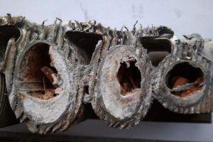 Некачественный теплоноситель может вызвать такое зарастание теплообменника, которое уже не поддастся промывке