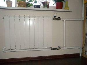 Обвязка радиатора с байпасом и прямым термостатическим краном