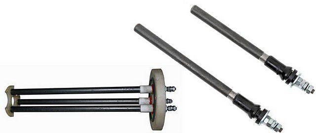 Электроды для ионных котлов отопления: слева – трехфазный, справа – однофазные разной длины