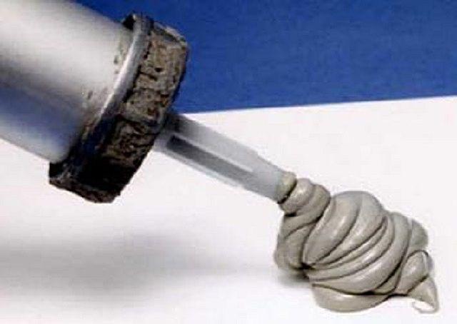Силикатные жаропрочные герметики,как правило, имеют окраску от серой до черной