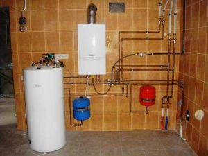 Установка накопительного резервуара (бойлера) снимает проблемы проточного нагрева воды для ГВС