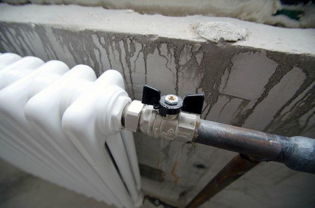 Шаровые краны перед радиатором отопления служат лишь для полного его отключения. Применять их для регулировки температуры – нельзя
