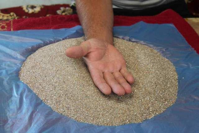 Разогретый кварцевый песок с древних времен успешно использовался в качестве лечебного средства при многих заболеваниях