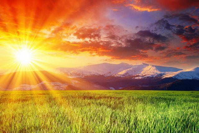 Солнечные инфракрасные лучи — лучший пример передачи тепловой энергии на огромные расстояния