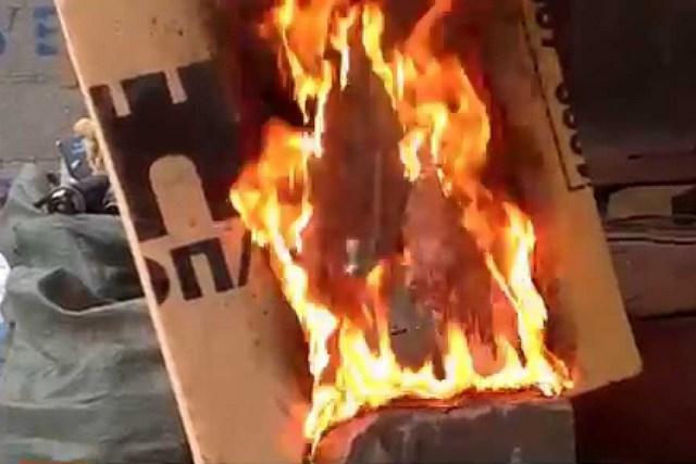 Никому не верьте – пеноплекс не является негорючим материалом. А при горении образуются чрезвычайно токсичные газы, которые часто становятся основной причиной трагедий при пожарах.