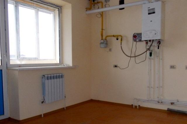 Отсечение внутренней квартирной разводки или отдельны радиаторов от стояков центрального отопления должно проводиться исключительно специалистами компании, занимающейся поставкой тепловой энергии. Сторонним мастерам эти операции запрещены.
