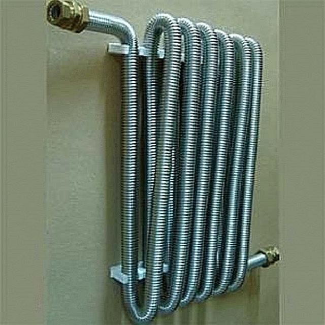 Гофрированные трубы настолько гибкие, что их можно закручивать спирали с очень малым радиусом изгиба