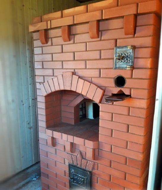 Отопительно-варочная печь колпаковой конструкции