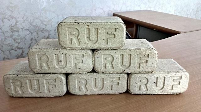 «Евробрикеты» RUF имеют форму брусков.