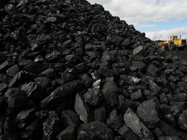 На иллюстрации – каменный уголь длиннопламенный ДПК крупной фракции