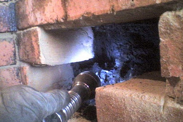 Для ревизии состояния шахты придется проделать «окно»