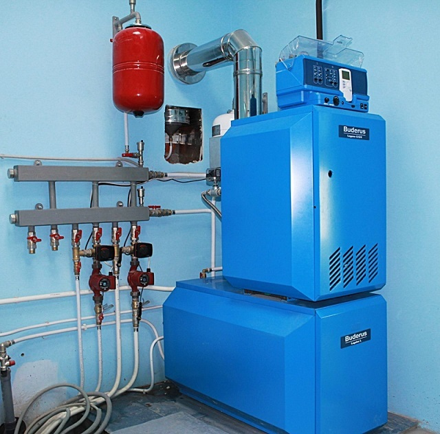Газовое оборудование для отопления частного дома – увы, не у всех есть возможность воспользоваться его удобством