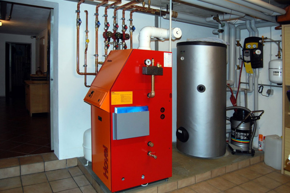 Монтаж котла отопления: жидкотопливного, твердотопливного, газового ...