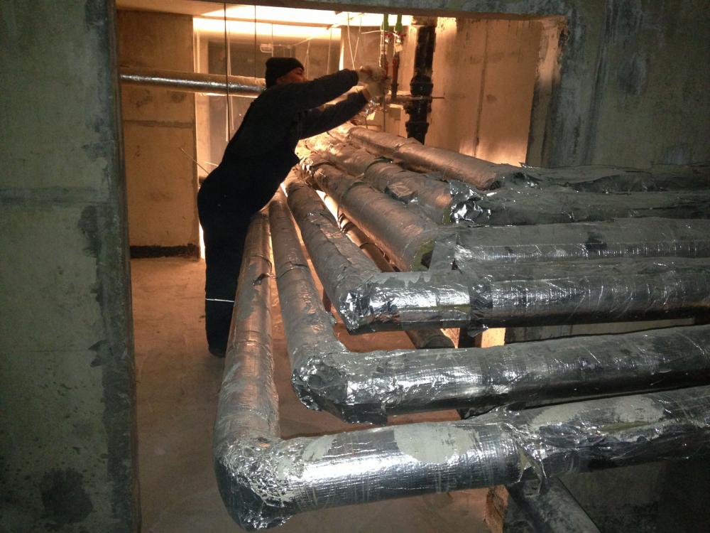 Как перекрыть стояки в подвале: рассмотрим подробно | Строительно ...