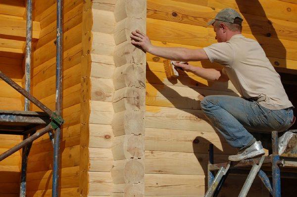 Нередко строят и дома из бруса