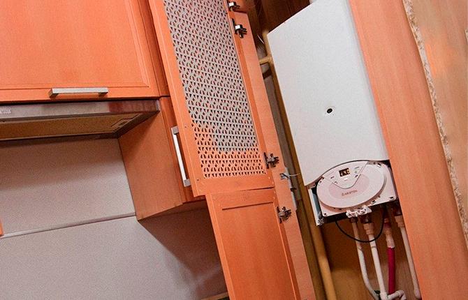 Колонка встроенная в шкаф